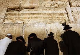 rabbisatworship
